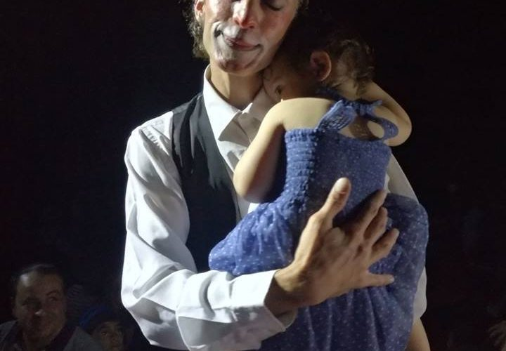 """""""Un sorriso per tutti"""": Circo gratis per indigenti, anziani e persone con disabilità"""