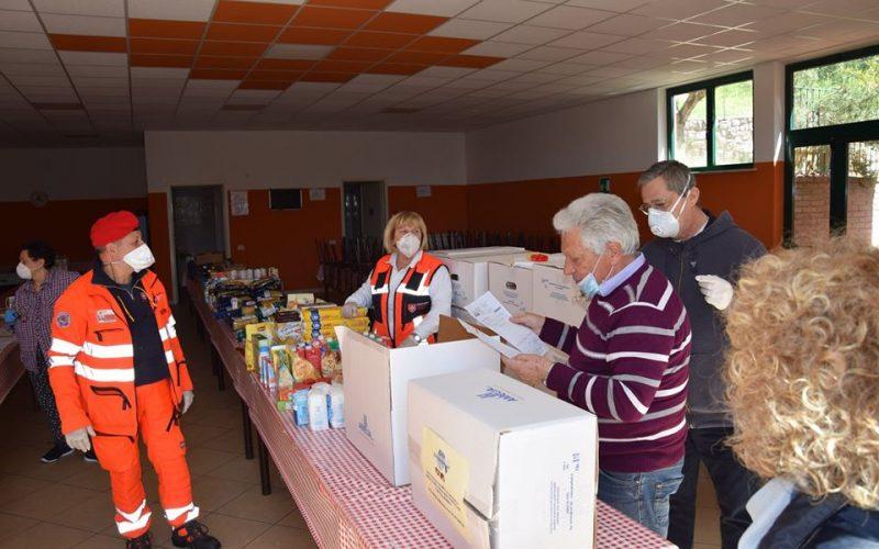 #Ilvolontariato non si ferma: L'ente Palio dei Colombi di Amelia consegna 70 pacchi di alimenti per le famiglie in difficoltà