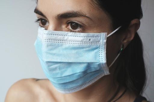 L'associazione Sole Onlus dona mascherine ai propri utenti