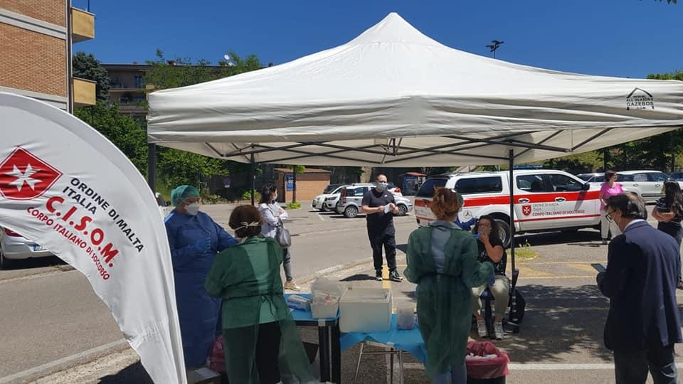 Cento volontari Cisom in campo per l'emergenza Covid-19:  Controlli sulle distanze anche alla stazione e in tribunale