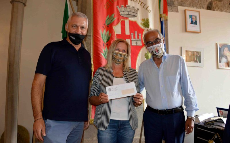 """LO SPORTING CLUB TRESTINA DONA ALLA """"MUZI BETTI"""" PARTE DELL'INCASSO DEL CONCERTO DI ROBY FACCHINETTI"""