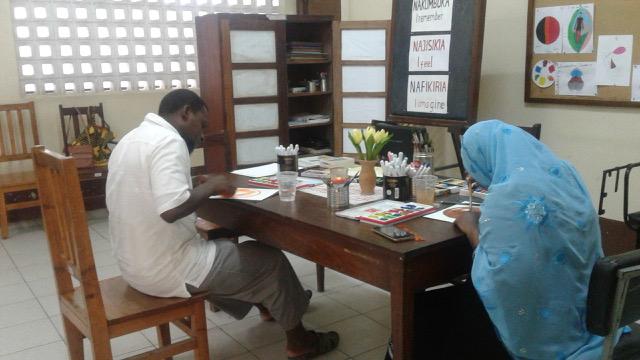 Open Studio di arteterapia in Tanzania