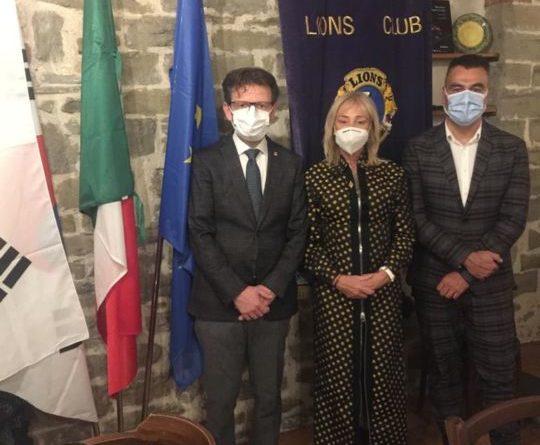 IL LIONS CLUB MONTONE ARIES HA PRESENTATO IL NUOVO PRESIDENTE DI ZONA