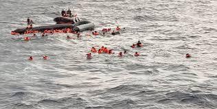 """Dramma nel Mediterraneo, naufragio gommone migranti, anche donne e bambini. Almeno sei vittime. Sul posto la nave Open Arms. L'impegno di volontari e soccorritori. """"Chi si trova in difficoltà va salvato"""", l'appello di Valentina Brinis"""