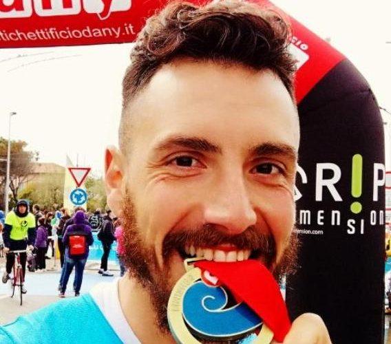 Correrà per 48 ore per la ricerca: la sfida solidale di Alessio