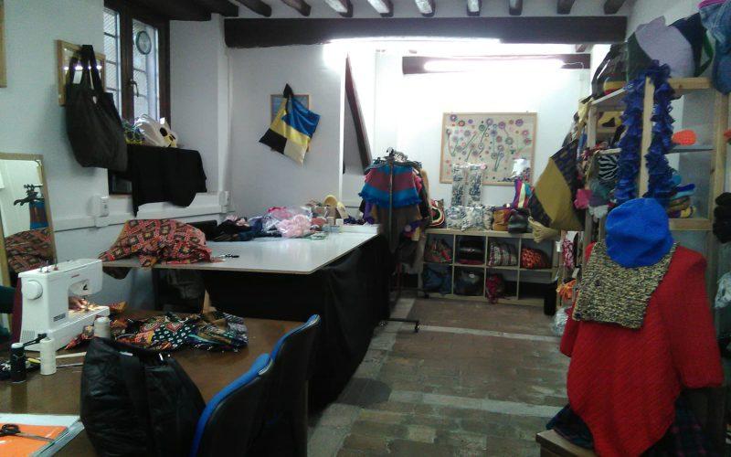 La Bottega delle donne tessitrici cambia casa