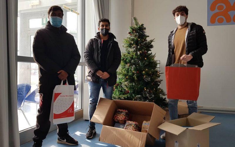 Donate la speranza: Al Cesvol la raccolta di alimenti e giocattoli