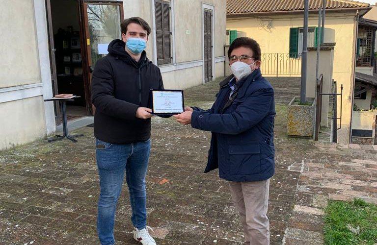"""Il premio """"Sulla panchina Montecastrillese"""" all'associazione PortAperta"""
